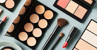Tips-To-Buy-Quality-Cosmetics-Beautyntechs